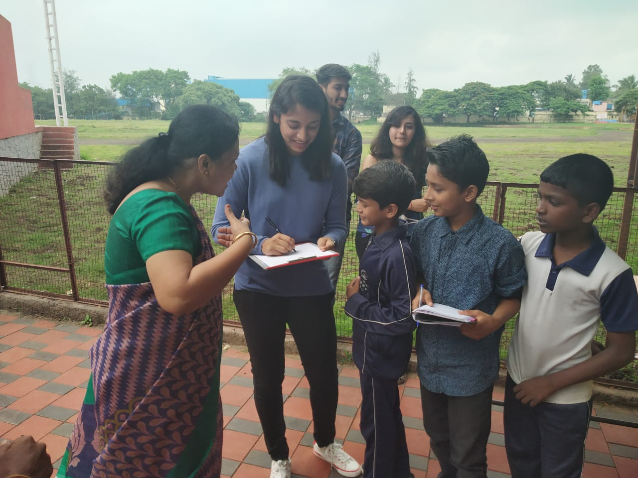 Smriti Manadhana Visited School